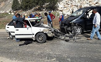 Mersin'de Feci Kaza: 4 Ağır Yaralı