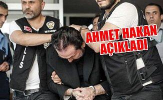 Polisler Adnan Oktar'ın Kafasına Neden Bastırıyor?