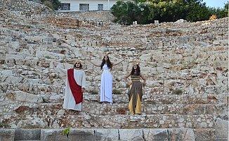 Ayaş Antik Tiyatrosu 2 Bin Yıl Sonra Tekrar Perde Diyor
