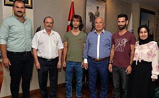 Mersin'de Belediye Kursuna Katılan Öğrencilerin YKS Başarısı