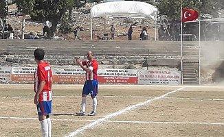 Mersin'de Maç Ortasında Hortum Çıktı