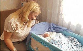 """Saliha Adıcan'dan """"Hoş Geldin Bebek"""" Projesi"""