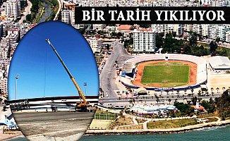 """Mersin Tevfik Sırrı Gür Stadı """"Millet Bahçesi"""" Oluyor"""