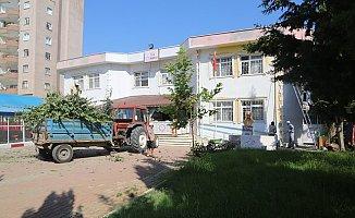 Erdemli Belediyesi'nin Okulları Desteği Sürüyor