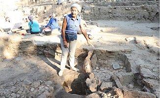Yumuktepe'den Tarih Fışkırıyor
