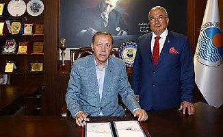 Burhanettin Kocamaz AK Parti'nin Belediye Başkan Adayı mı Olacak ?