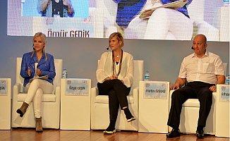 Mersin'de 'Engelsiz Hayat Yolunda Medya ve Sanatın Rolü' Paneli