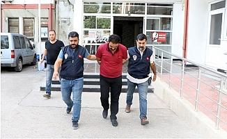 """""""MİT Görevlisiyim, Oğlunu PKK'nın Elinden Kurtarırım"""" Diyerek Dolandırdı"""