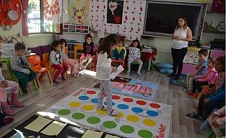 Kıbrıs İlkokulu Öğrencileri Kodlama Öğreniyor