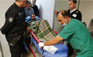 Mersin'de Batan Tekneden Kurtarılanlar Hastaneye Kaldırıldı