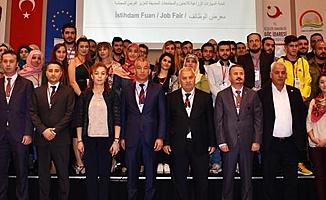 Mersin'de Suriyeliler İçin İstihdam Fuarı