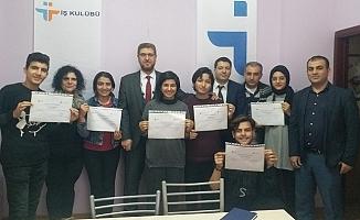 İş Kulübü Eğitimlerine Katılanlara Sertifikaları Verildi