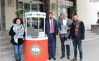 Mersin Barosu 'İnsan Hakları Standı' Açtı