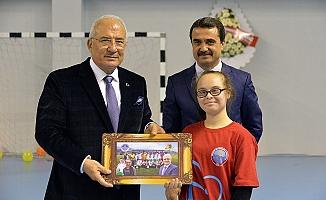 Mersin'de 'Engelsiz Sokak Oyunları Şenliği' Düzenlendi