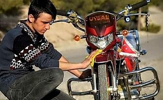 Motosikletler Çarpıştı: 1 Ölü, 1 Yaralı