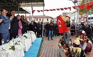 Tarsus'ta Yağmur Altında Kurtuluş Coşkusu