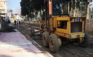 Akdeniz'de Yol Çalışmaları Aralıksız Sürüyor