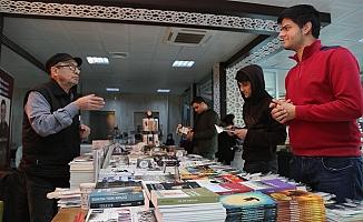 Erdemli Belediyesi 1. Kitap Günleri Başladı