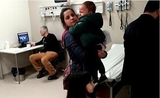 Hasta Çocuklar Ağladı, Doktor İskambil Oynadı