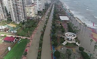 Mersin'deki Afet Havadan Görüntülendi