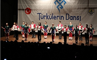 Türkülerin Dansı Topluluğu Gala Gösterimini Gerçekleştirdi
