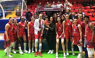 Mersin Büyükşehir Belediyespor, Fenerbahçe Maçına Hazırlanıyor