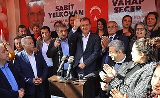"""""""Mersin'de Kazanmaya En Yakın Tarafız"""""""