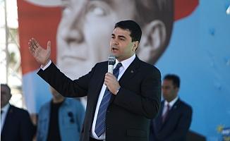 """DP Lideri Uysal: """"Tükettiğinden Daha fazla Üreten Bir Ülke Olmak Zorundayız"""""""