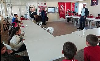 Erdemli'de Yılın İlk Çocuk Hakları Eğitimi Yapıldı