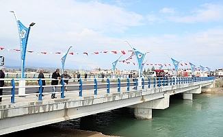 Kocamaz, Sefa Köprüsünün Açılışını Gerçekleştirdi