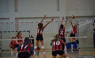 Voleybol 2. Lig Bayanlar Final Müsabakaları Mersin'de Yapılacak