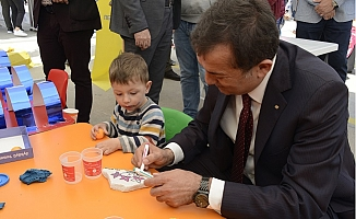 Abdullah Özyiğit, 23 Nisan'ı Kutladı.