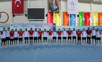 Artistik Cimnastik Milli Takımı Mersin'de Kampta
