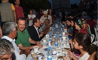 Başkan Seçer, Huzurkent'te İftar Sofrasında Buluştu.