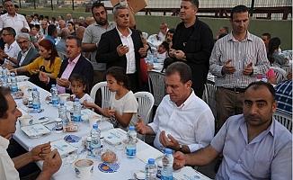 Başkan Seçer, Kazanlı Halkı İle İftarını Açtı