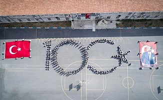 Mersin'de Muhteşem 100'üncü Yıl Koreografisi