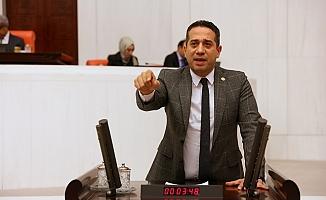 Ali Mahir Başarır, Tarsus Tren Kazasını Meclis Gündemine Taşıdı.
