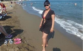 Mersin'de Sıcaktan Bunalanlar Plajlara Akın Etti