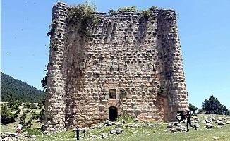 Tarihi Kaleye Restorasyon Talebi