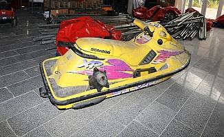 Ankara'da Büyükşehir Belediyesi'ne Ait Depoda Jet Ski Bulundu.