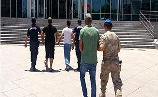 Çalıştıkları Fabrikadan Yem Çalan 5 Kişi Yakalandı