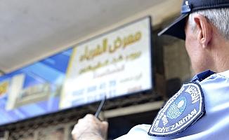 Mersin'de Arapça Tabelalarda Değişim İçin Düğmeye Basıldı.