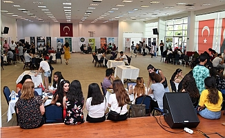 Mersinli Gençlere Üniversite Tercihlerinde Büyükşehir'den Destek