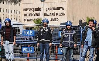 Kayyum Atanan Belediyelerin Meclisleri de Askıya Alındı!