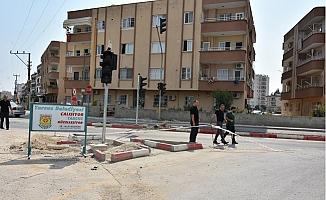 Tarsus Belediyesi Sorunlu Kavşağı Düzenliyor