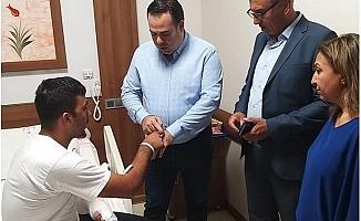 Belediye Başkan Yardımcıları Yaralı Askeri Ziyaret Ettiler