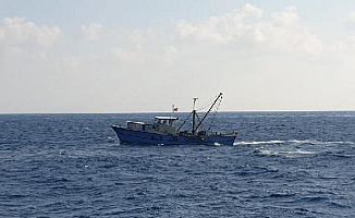 Silifke'de Yasadışı Avcılık Yapan Tekne Yakalandı
