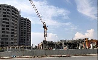 Tarsus'ta Hastane Ek Binası İnşaatında Çökme