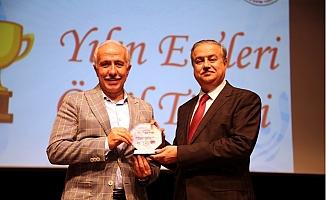 'Yılın En'lerinde, Akdeniz Belediyesi'ne İki Ödül Birden…