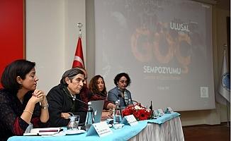 Yoğun Göç Alan Mersin'de Tüm Boyutlarıyla Göç Tartışıldı